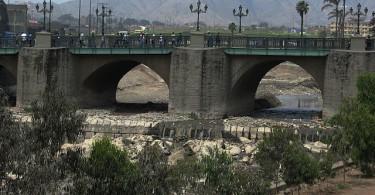 640px-Lima_Río_Rímac_Bridge